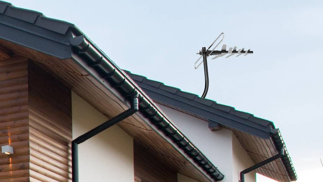 Why you need this 1byone's Amplified Outdoor TV Antenna with 85 Miles Range?