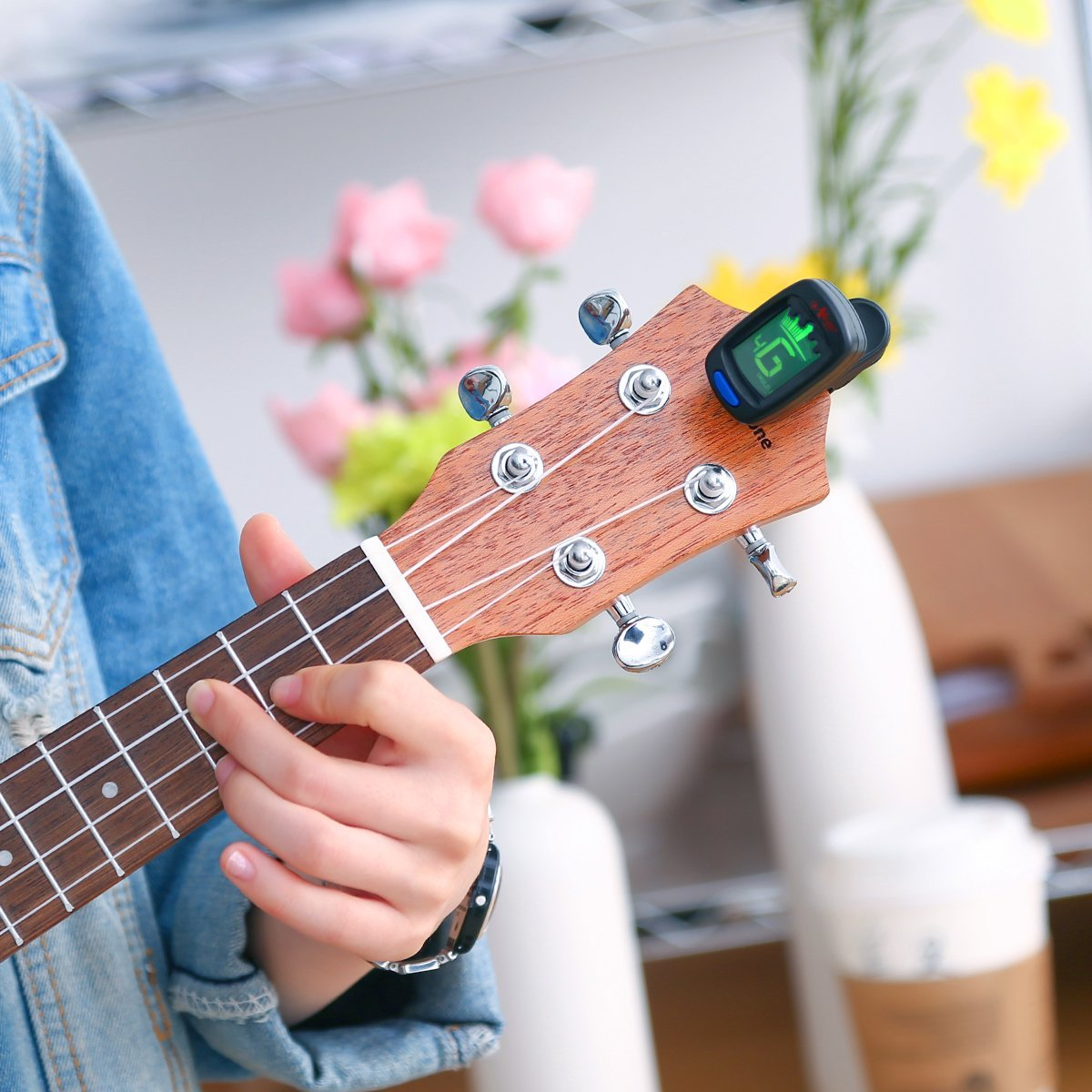 ukulele| guitar| kids| strings